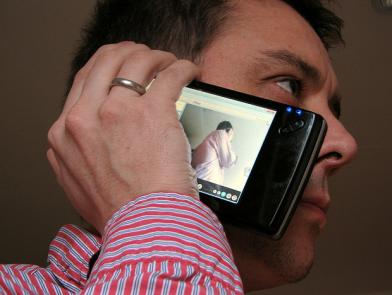 Le smartphone toujours plus présent dans la vie privée et professionnel (Source Flickr par Par umpcportal)